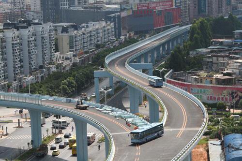 Dari pada ngurusin monorail gak kelar-kelar, mending kota-kota di indonesia bikin kay