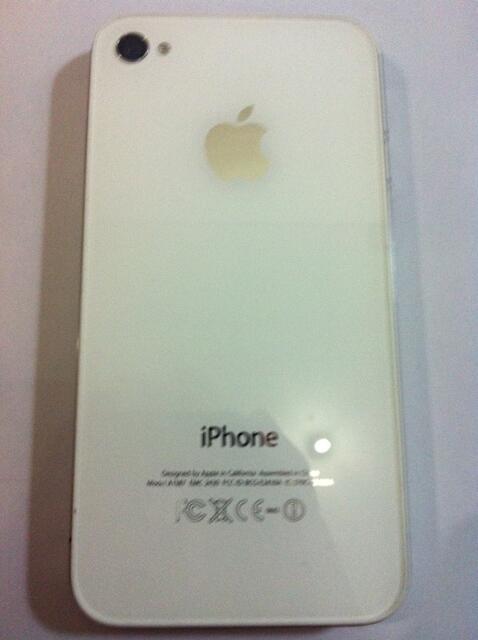 iPhone 4s 32gb White SU uncloked by Gevey MURAH siap pakai