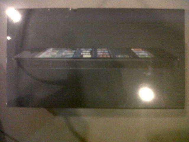 [REPOST] New Apple iPhone5 Stock sisa 2Unit aja. Murah Gan! Grab It Fast!