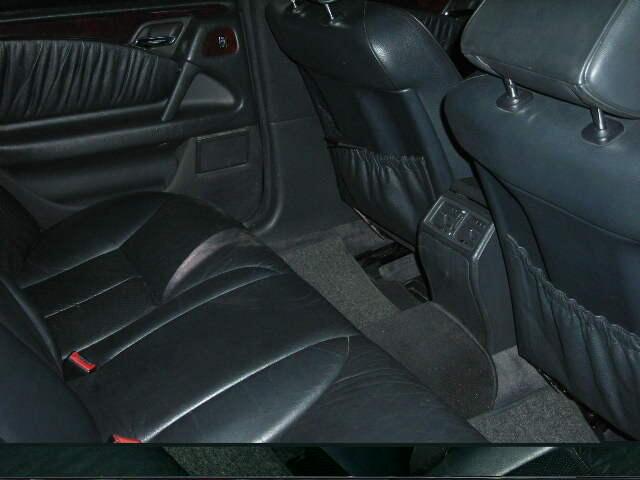 Mercy New Eyes Hitam E320 Elegance Matic 5speed th97 BEBAS BANJIR 100%