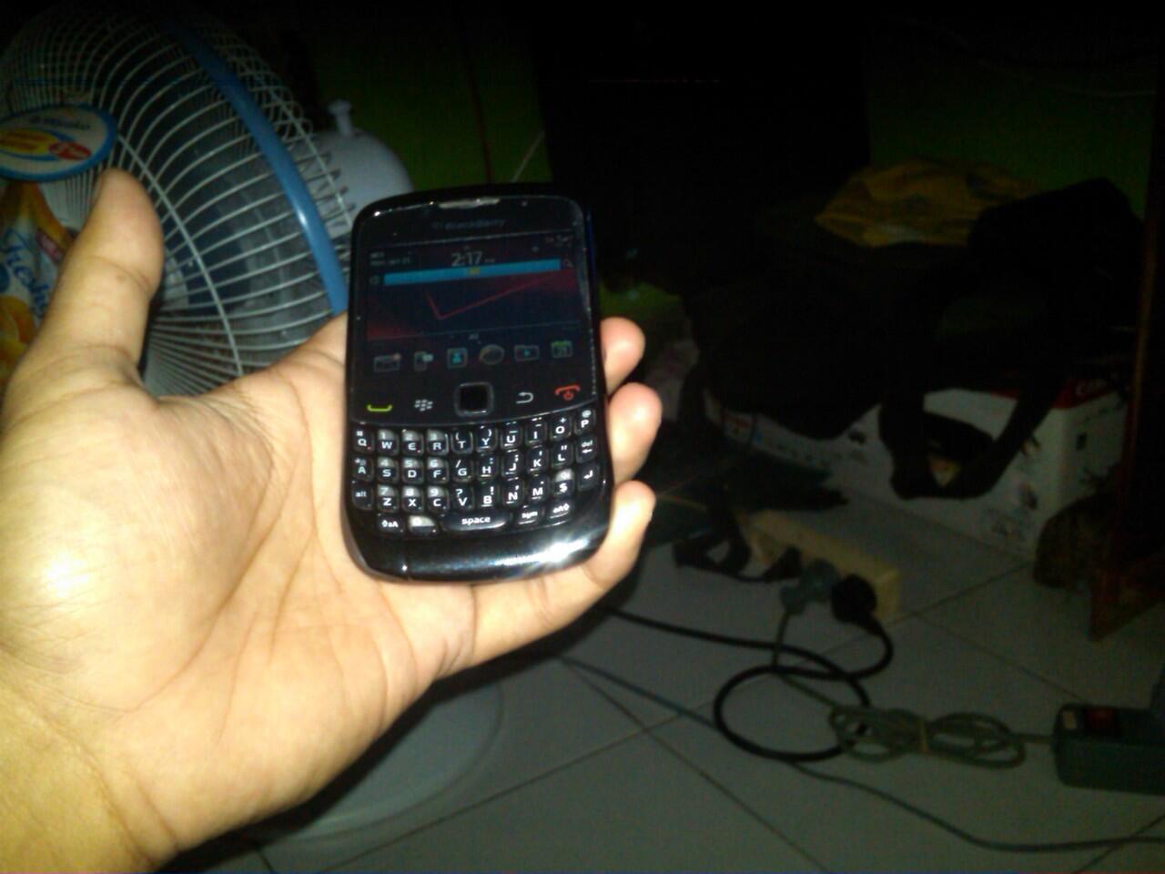 blackberry 9330 keppler dan 9630 tour garansi 1 bulan vu du 00