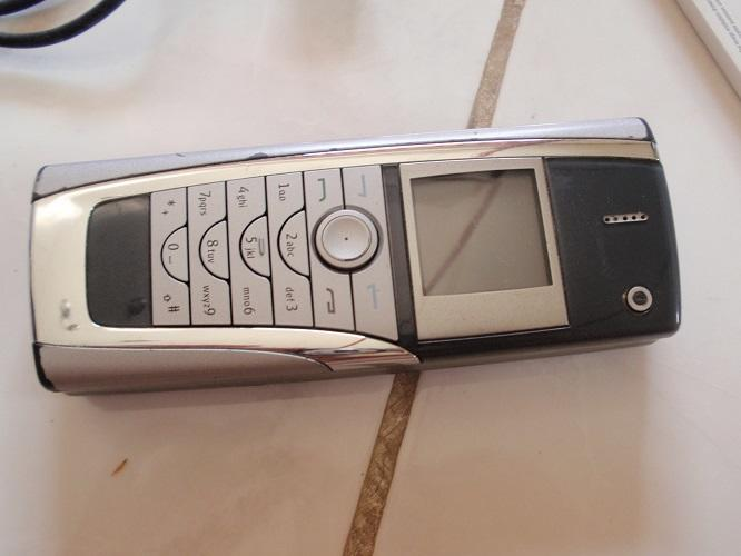 NOKIA 9500 Rusak (NO MATOT) Super Lengkap... masuk dulu aja gan