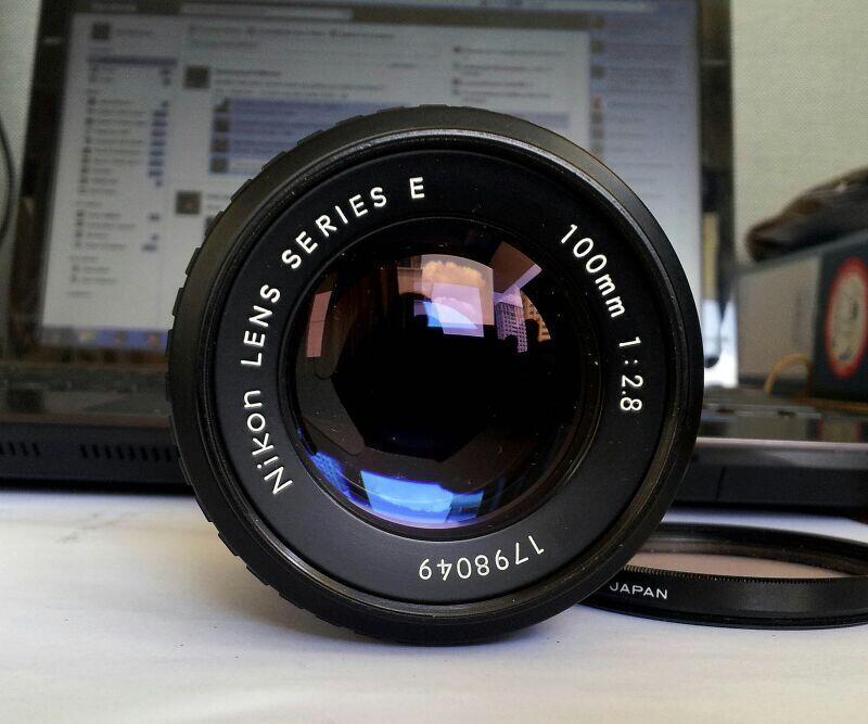 Lensa Manual Nikon Serie E 100mm f:2.8 Mulus