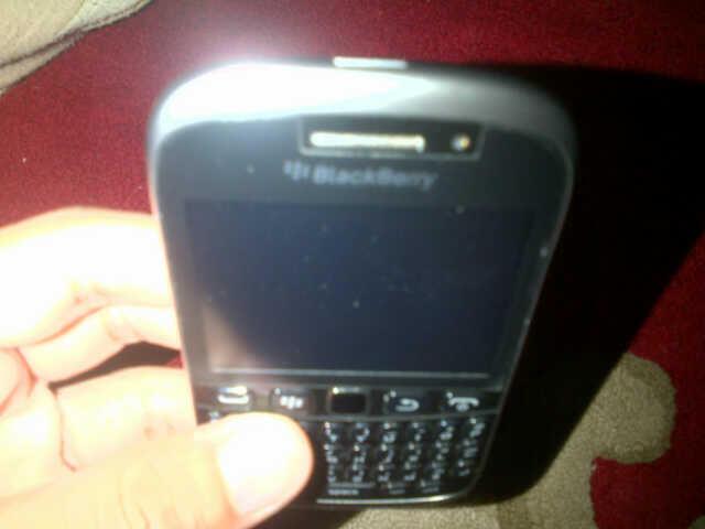 (WTS) Blackberry 9320 a.k.a Armstrong Black , Garansi TAM Murah (NEGO)