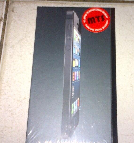 Iphone 5 Black 16gb BNIB, murah