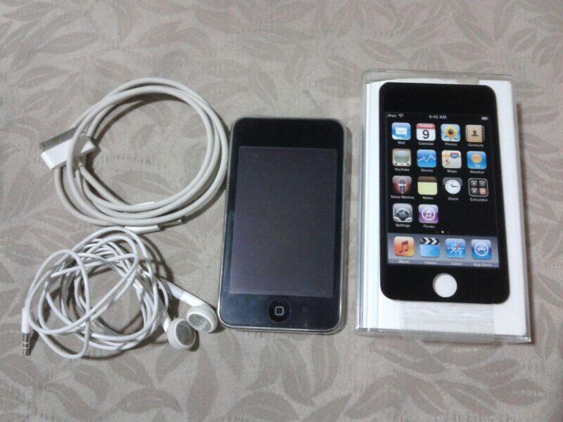 ipod touch 2nd gen - black