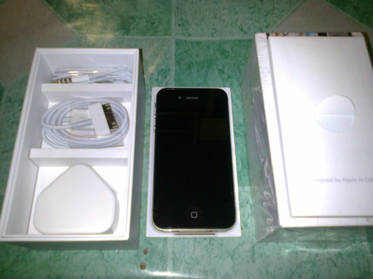 IPHONE 4S 32GB BLACK BNOB
