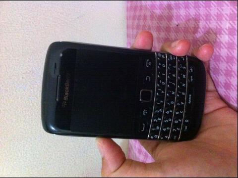 jual cepat Blackberry 9790 BELLAGIO baru pake 1BULAN GARANSI TAM