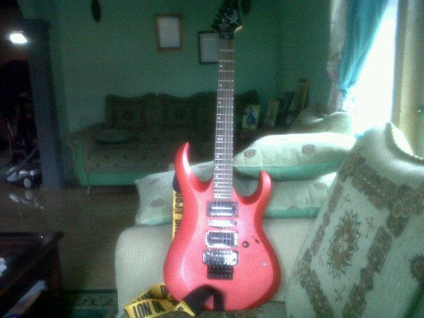 gitar listrik Xcort X-6 MERAH