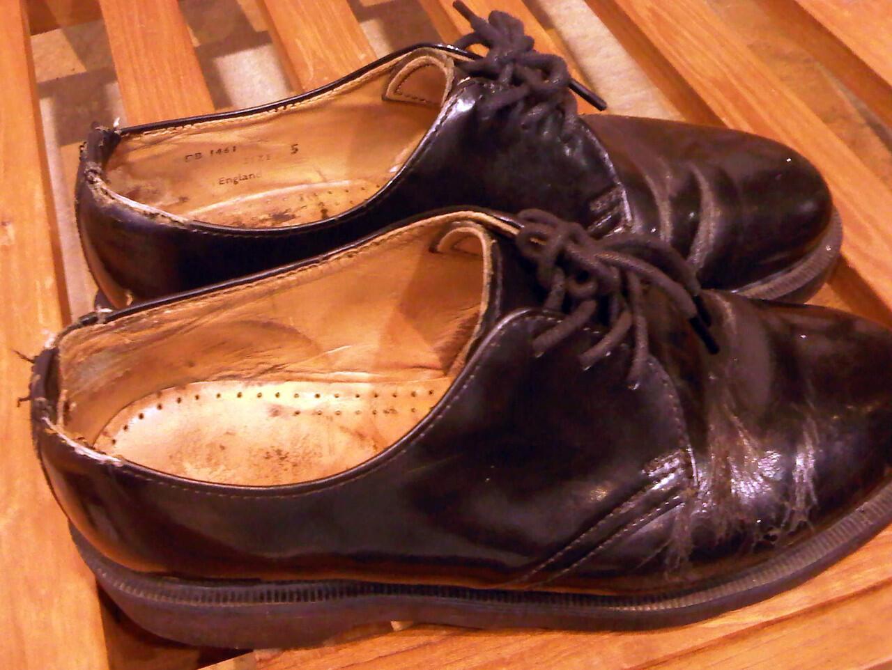Dr. Martens / Doc Mart / Doc Martens / 3 Hole Black Size 5 UK Made in England