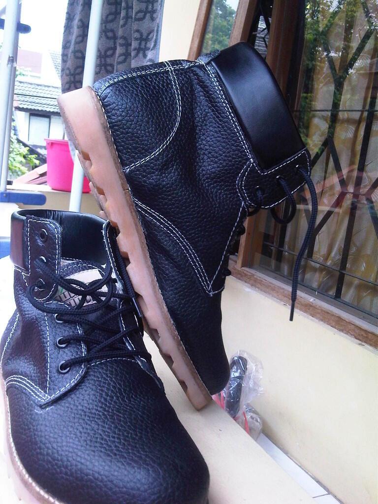 Jual sepatu COUNTRY BOOTS KW.. SUPER MURAH SEJAGAD SUMPAH