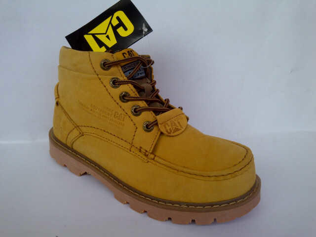 SEPATU BOOTS MAUT LEGIT ! CATERPILLAR MADE IN USA SIZE FOR CHINA MARKET CEK THIS OUT