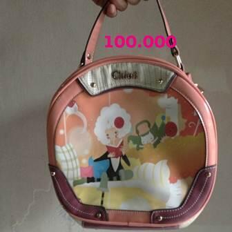 jual tas branded cuma 100rb!!! guess,yongki komaladi,chloe,belezza dll