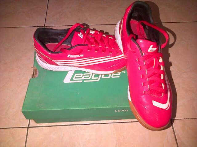 sepatu futsal league 2nd