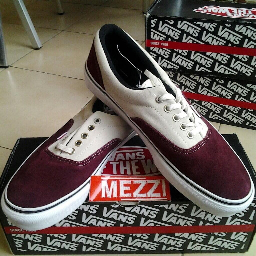 [READY STOCK] MEZZI Inc. // Original Vans Shoes! Cheap prize! Check This out!