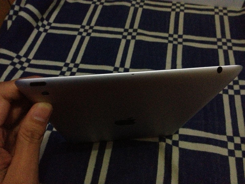 iPad 4 Retina Display 16 GB WiFi Only [COD Bandung]