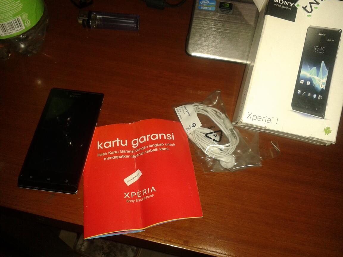 Xperia J mantaap Garansi ampe Januari 2014