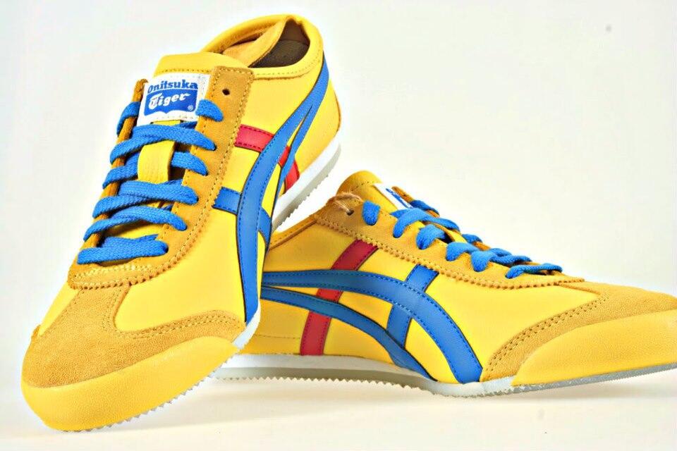 Terjual JUAL Sepatu Running 77a01e4a11