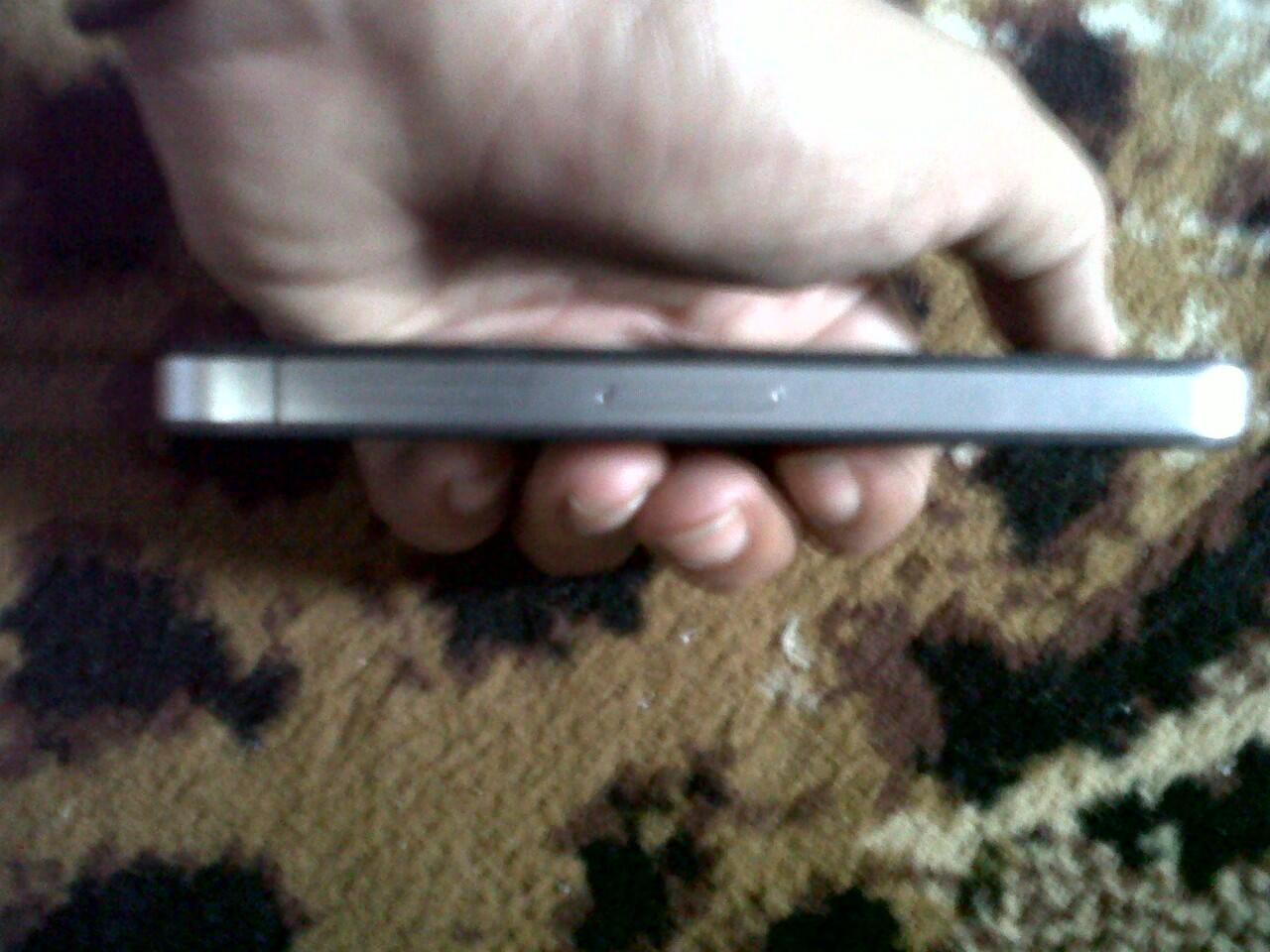 jual iphone 4g 16gb FU gsm black mulus dan lengkap bandung!!