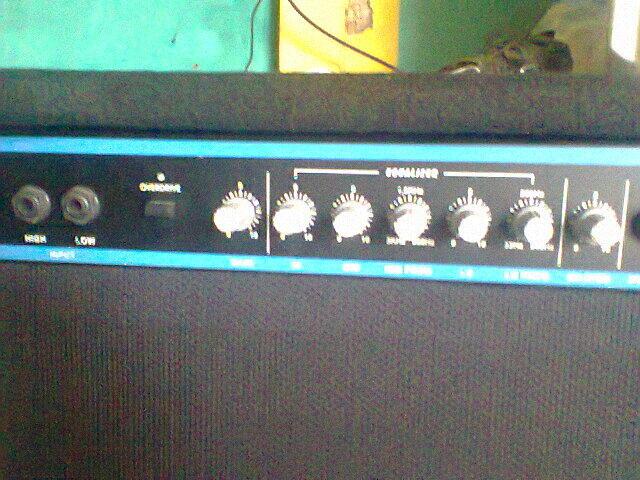 Ampli gitar Veinz ST 100 SPEKER 12 INCH