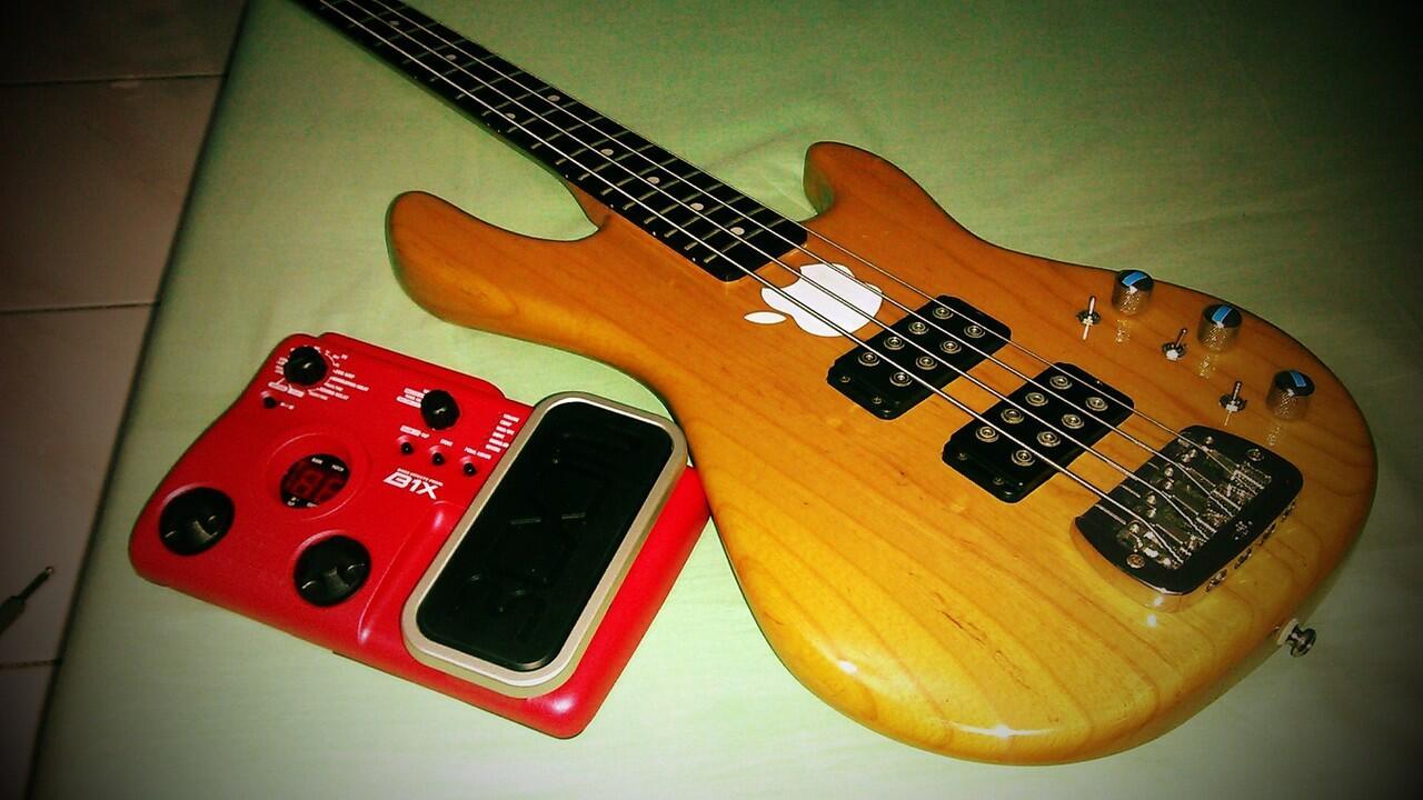 Jual Gitar BC-Rich Flying-V Mangstab Gan!!