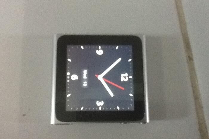 jual ipod nano 6th gen 8GB silver Jakarta Bandung