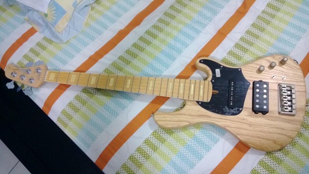 WTS Bass Cort GB-75