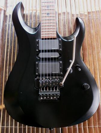 Cort Evl X4 Black w/EMG HZ H4/up down