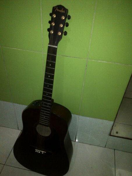 gitar akustik elektrik fender orriginal repaint muraaaahh bgd