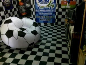 sofa sepak bola, soccer, sofa angin, Grosir,ecer, murah, bestway