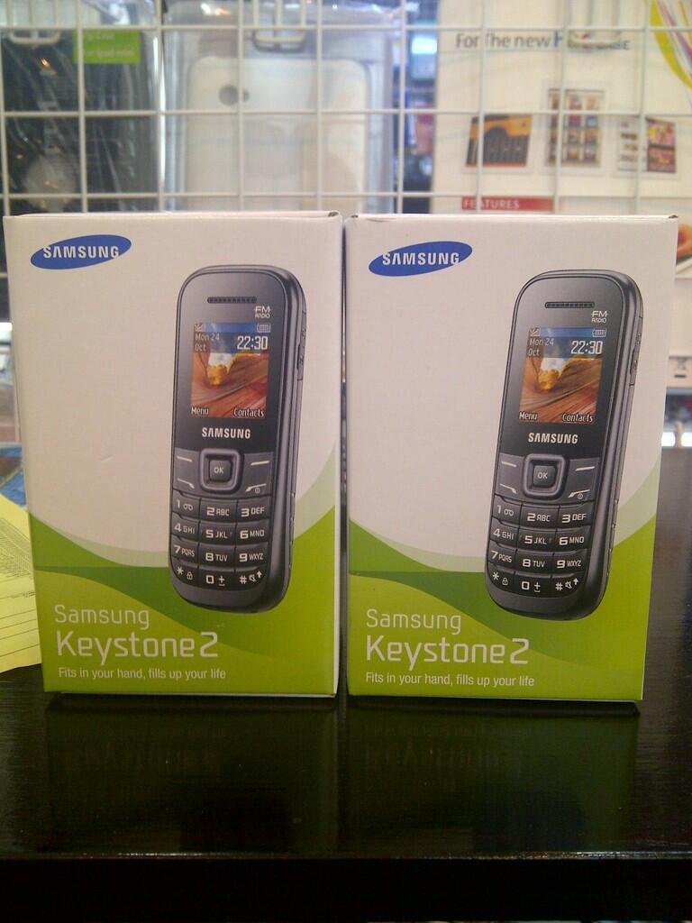 Blackberry brand new garansi 2 thn Berrindo-WII-Bless-TAM-SS-CTN...by : online ponsel