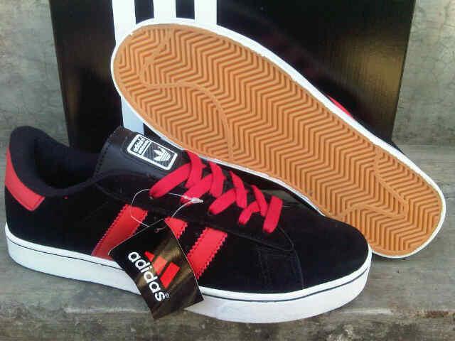 Sepatu pria ADIDAS vespa ronero skateboard samba KWsuper Like ori termurah  sekaskus a428535a44