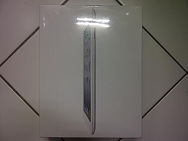 iPad 2 16GB 3G ( White ) BNIB