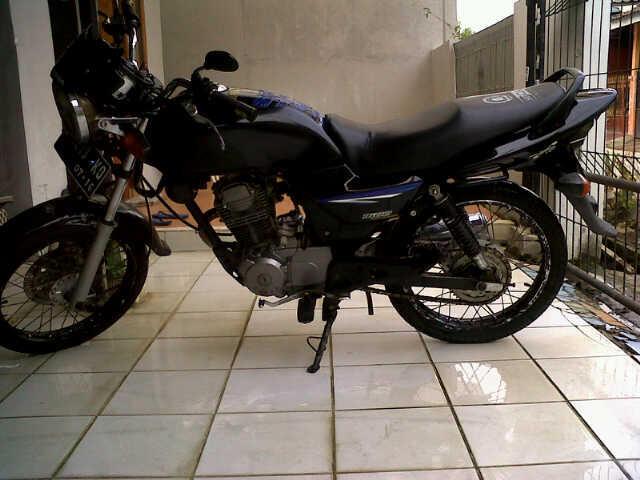 Honda Megapro tahun 2001 Surat Lengkap, BUTUH CEPAT MURAH