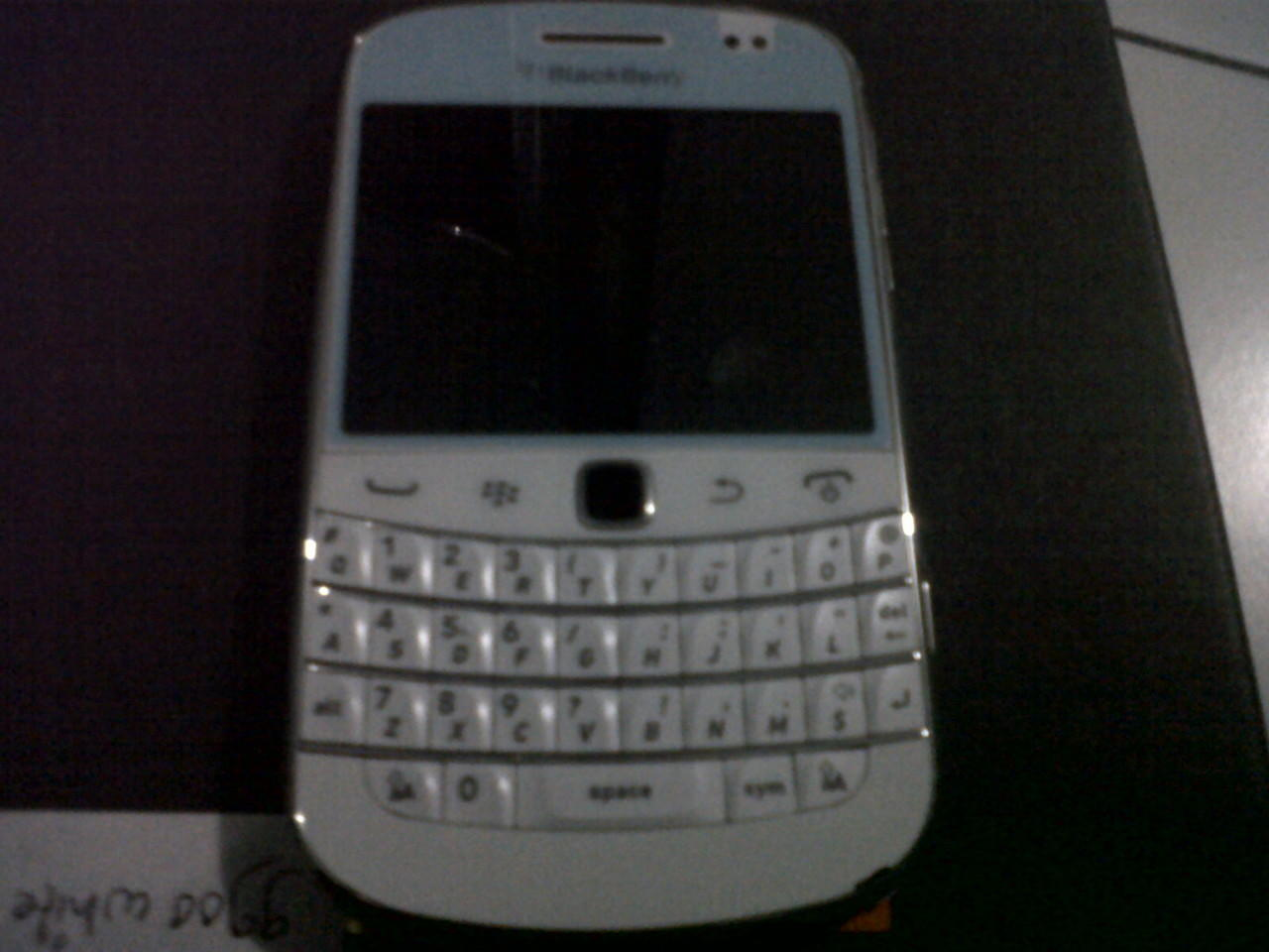 Dakota White / bb 9900 berindo Jogja Like new 99%