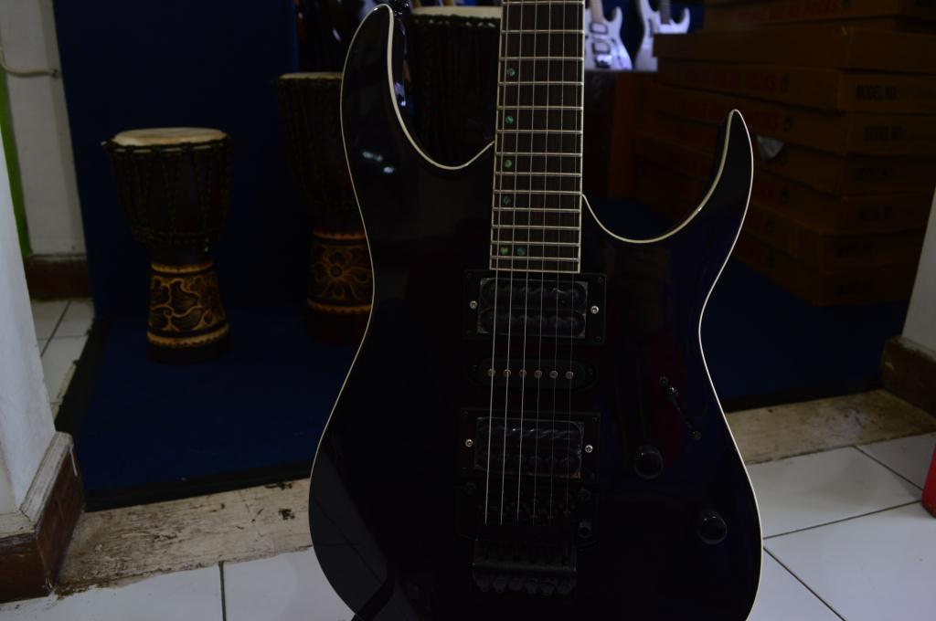 [JUAL] Gitar IBANEZ Premium series Murah 1,3jt Banyak pilihan & Stock