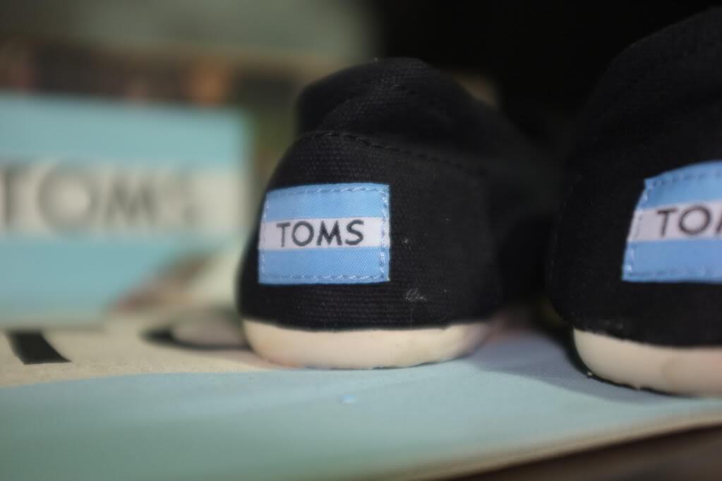 Terjual TOMS ORIGINAL 100%! GK ORI . UANG KMBALI 100% N BRANG MLIK ... 6de429e579