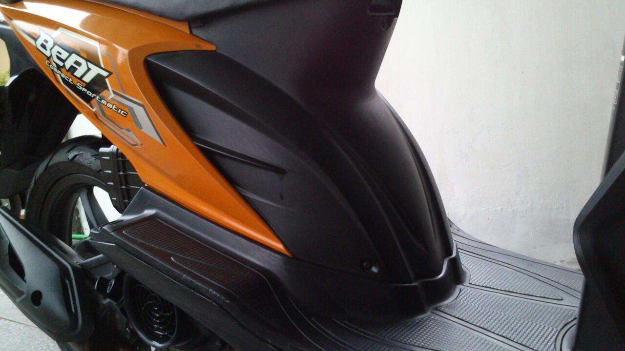 Honda Beat 2008 warna Oranye kondisi 90% full orisinil