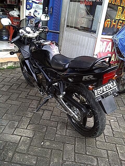 WTS : Kawasaki Ninja 150 RR 2010, mulus, pajak panjang, ban tubeless - Tangerang