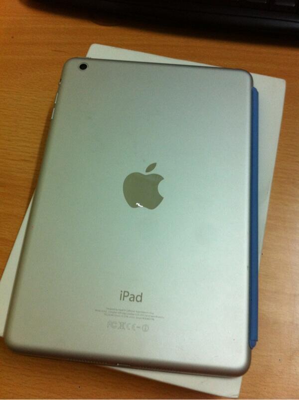 iPad Mini 16GB white Lengkap Wifi Only