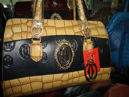 Terjual Tas Fashion   Branded b3306f0090