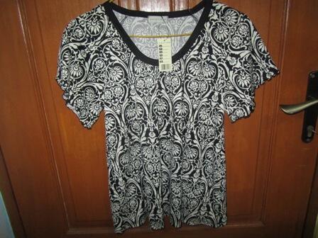 Terjual Baju import sisa butik  a5f55a1443