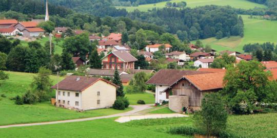 7 Keuntungan tinggal di kota kecil