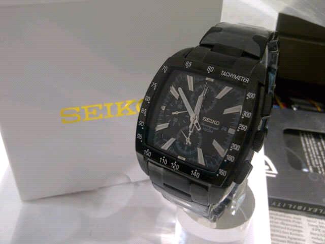 Terjual jual jam tangan kw super dan ori!!!  028b16ecc7