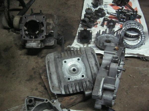 Pretelan Rxz bpkb+stnk plat d+frame+mesin / Bdg