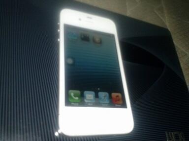 iPhone 4S 16g white = 3.1