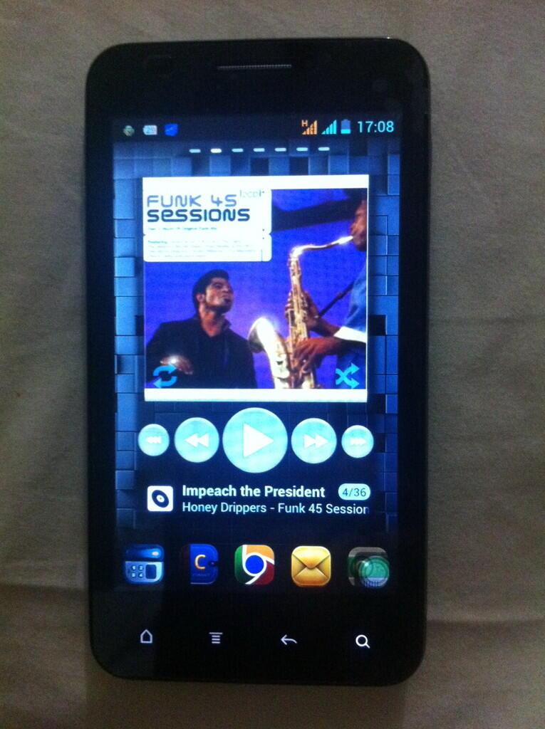 Cross A26 Android - Dual Core/Layar 5 - Full Aplikasi