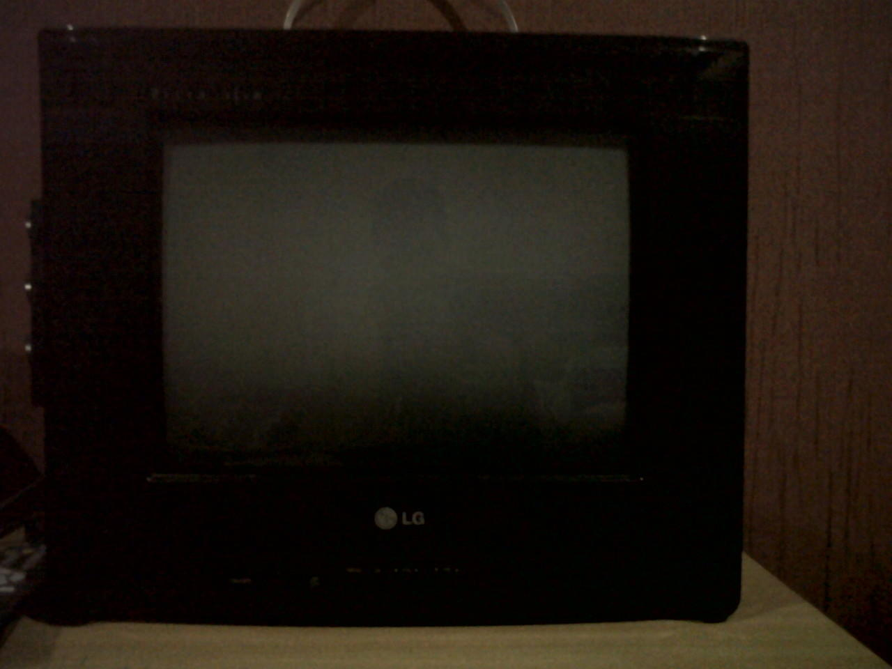 "[JUAL] TV LG 14"" ULTRA SLIM 2nd"