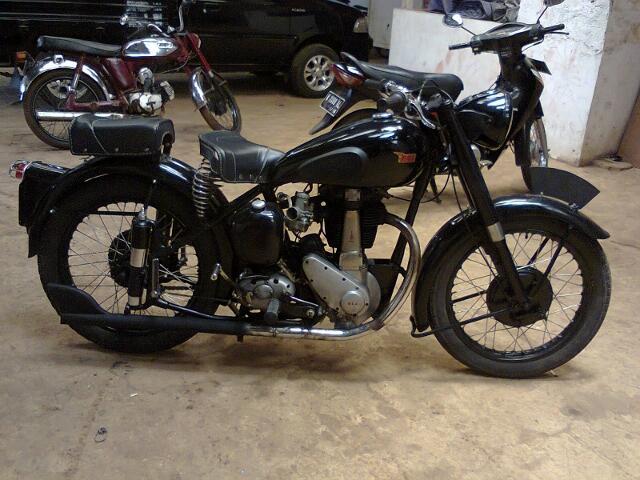 motor BSA salur 350cc tahun 1952