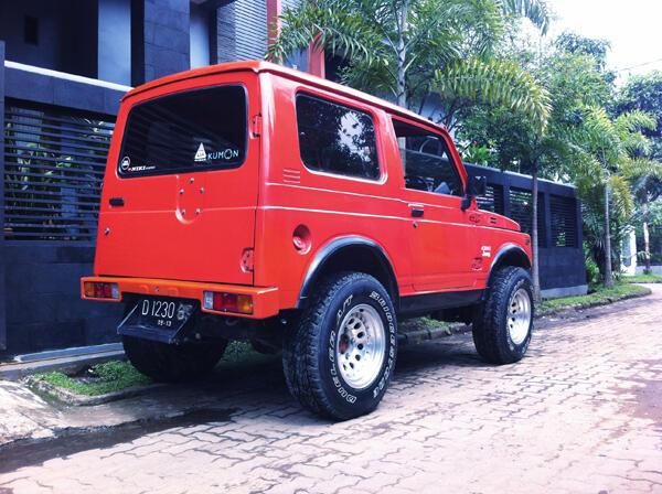 Jimny Trepes asli 4x4 antik Bandung